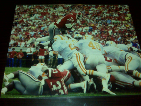 Herschel Walker UT Leap 8x10 photo with matte