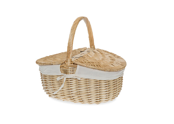 willow picnic basket from the tiny house farm