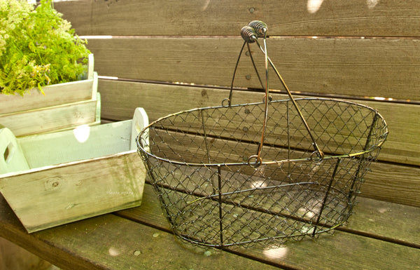 Large Chicken Wire Basket | Country Farmhouse Decor and Wedding Basket