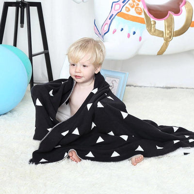 Reversible Knitted Blanket - Triangle for baby, toddler and kids for nursery and bedroom. Nordic style decor throw