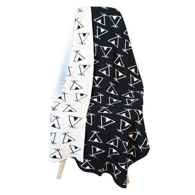 Reversible Knitted Blanket - Teepee for baby, toddler and kids for nursery and bedroom. Nordic style decor throw