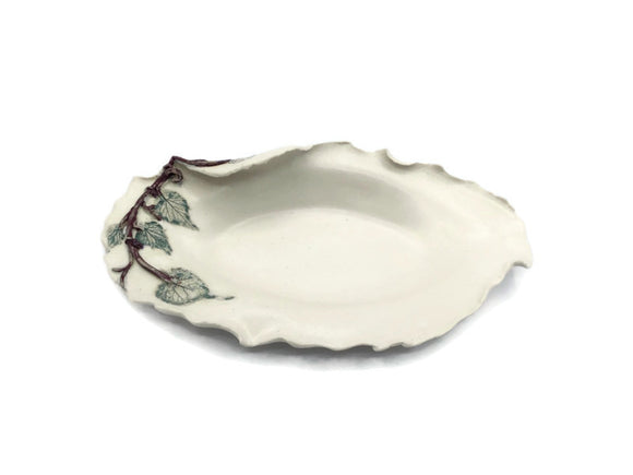 Grapevine Small Freestyle Oval Dish
