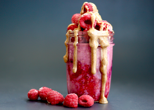 Superfood Raspberry Overnight Oats