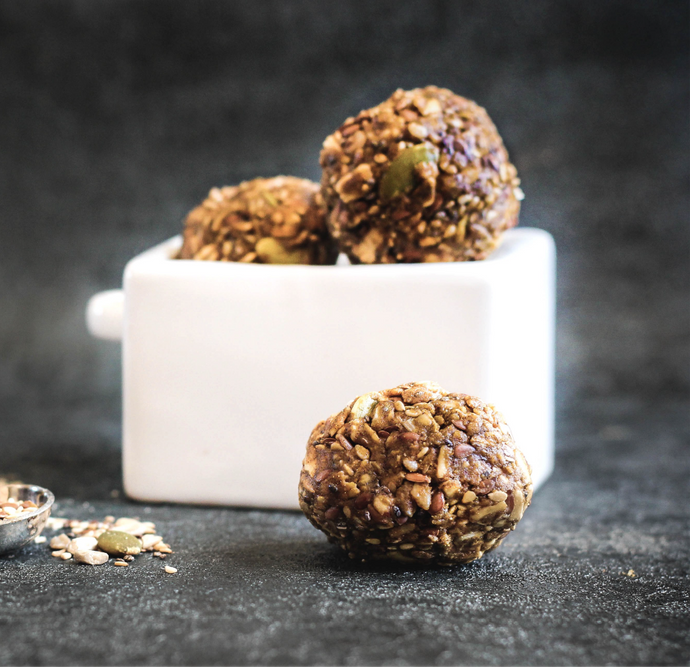 No-Bake Cinnamon Almond Butter Energy Balls
