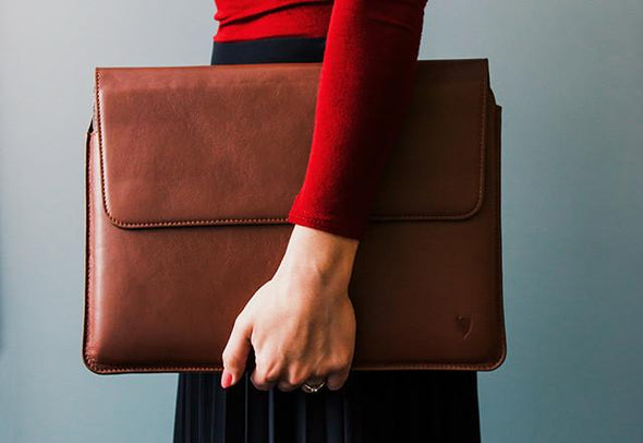 Artisansuit Leather MacBook Case