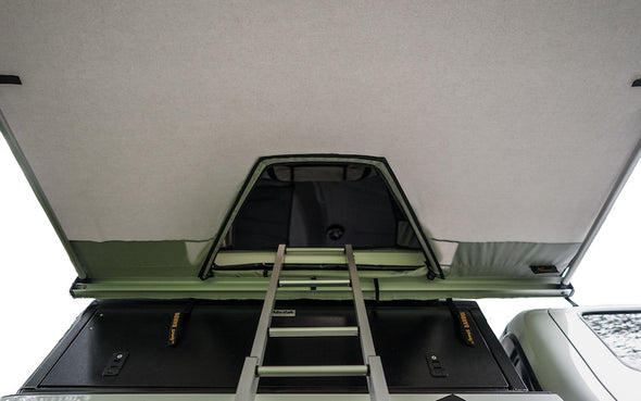 Awning over ladder for James Baroud Tunnel Awning