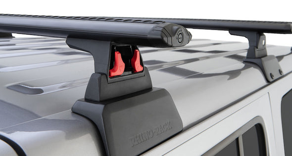 release mechanism for RLT600 feet of Rhino-Rack Vortex Cross Bars on Jeep JL Roof Rack