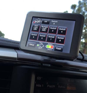 sPOD 8 circuit source system SE touchscreen display control module mounted on vehicle dashboard
