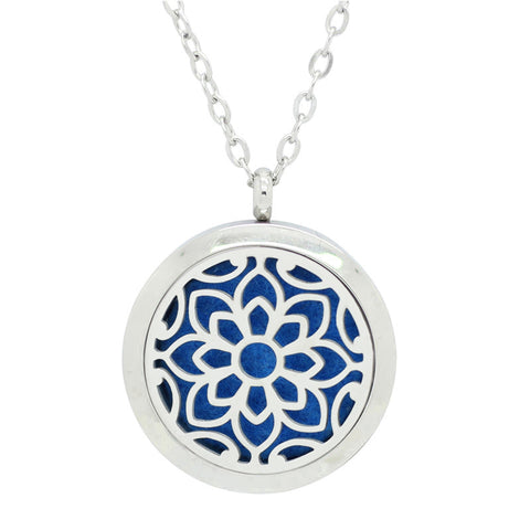*New! Petals Round Aromatherapy Essential Oil Locket Necklace