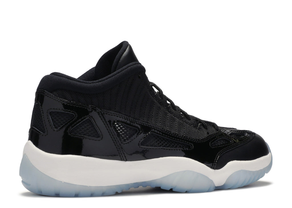 AIR JORDAN 11 IE LOW 'SPACE JAM'