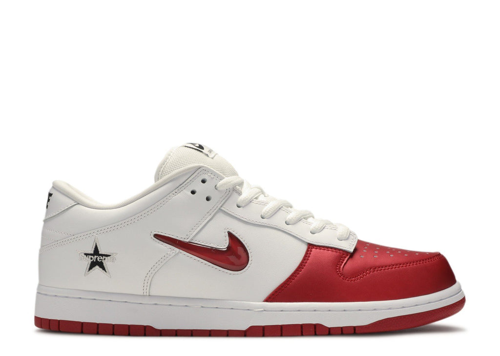 SUPREME X NIKE SB DUNK LOW 'RED/WHITE'