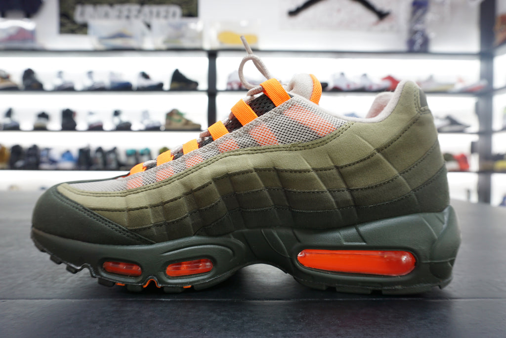 "AIR MAX 95 ""NEUTRAL OLIVE"""