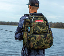 RED GILLS Tackle backpack (Camo)