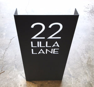 STAND-UP ADDRESS SIGN