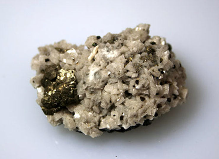 10113_Calcite with chalcopyrite and galena