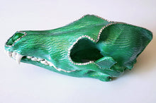 Pete's Dragon - coyote skull side view