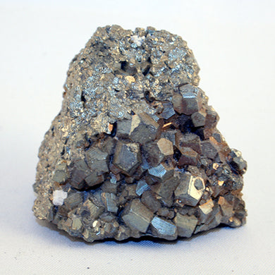 10130_pyrite showing large crystals