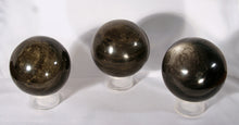 Spheres - showing variety of gold sheens