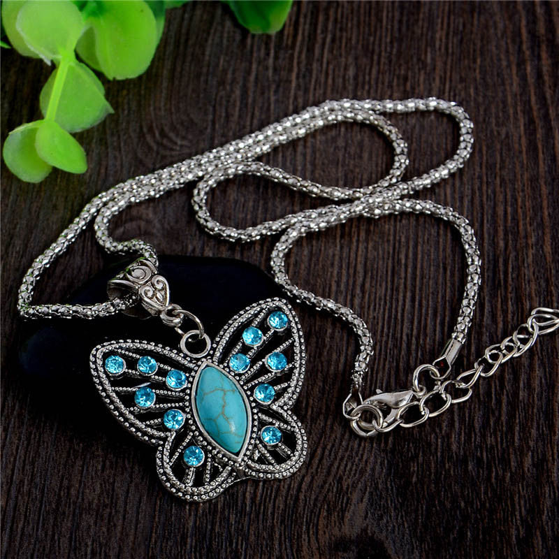 Turquoise Lovely Butterfly Pendant Necklace