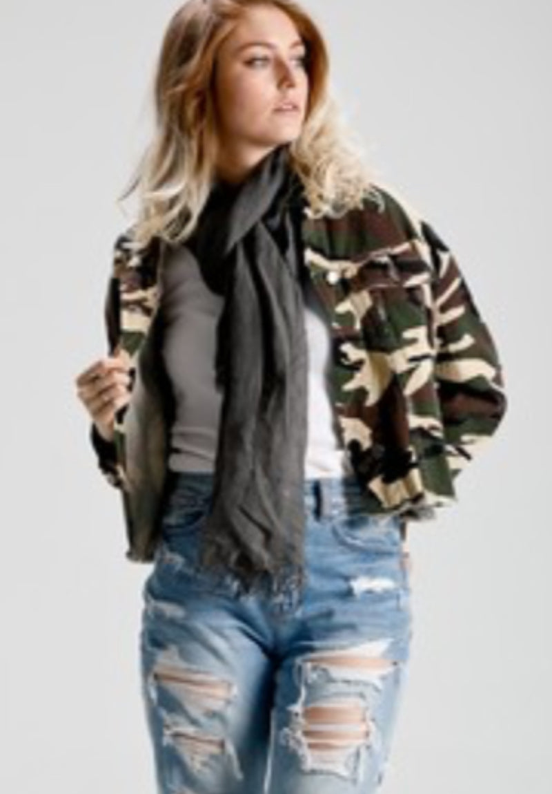 Camo Cropped Jacket - Green - Tucker Brown