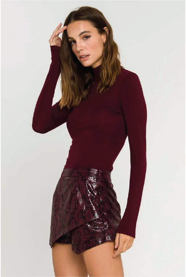 Perfectly Layered Top - Burgundy - Tucker Brown