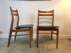 Suite 4 chaises scandinaves - Cartel de Belleville mobilier vintage paris