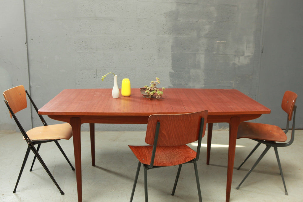 Table scandinave  85x164m - Cartel de Belleville mobilier vintage paris