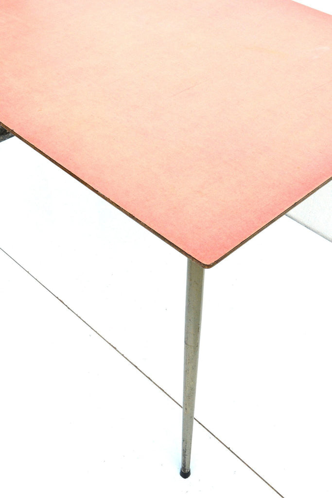 Table formica rouge Tubax - Cartel de Belleville mobilier vintage paris