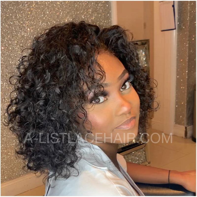 The TOYA Unit - Glueless Full Lace Wig - Short Wavy Bob - soft Curl