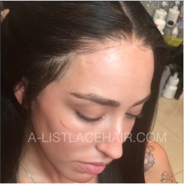 The DELILAH - Glueless Lace Wig Silky Straight (Transparent)