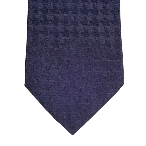 Giorgio Armani Jacquard Arrow Patterned Dark Blue Woven Silk Tie