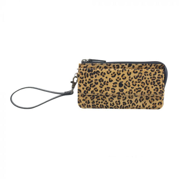Myra Bags Leopard Print : Want to afford any outfit you see on pinterest ?