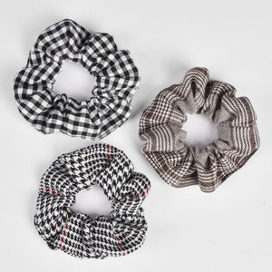 Plaid Pattern Scrunchies