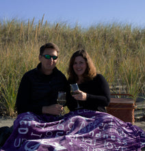 Load image into Gallery viewer, I love You Throw Blanket The Perfect Caring Gift for Best Friends, Couples & Family, ( Purple)