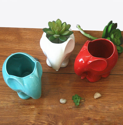 Elephant Plant Pot (2 Colors)