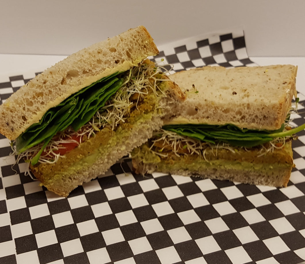 Sweet & Crunchy Veggie Sandwich with  Sweet Thyme Cream Cheese