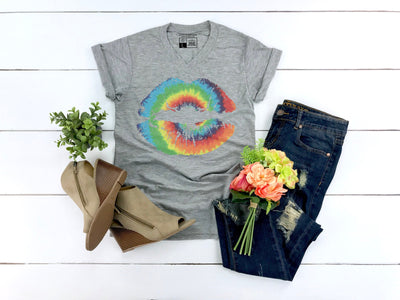 Tie Dye Lips Shirt - Beyond Measure Living