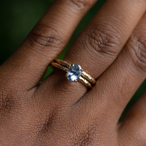 Oval Sapphire 4-Prong Evergreen Solitaire with Carved Evergreen Band in Yellow Gold