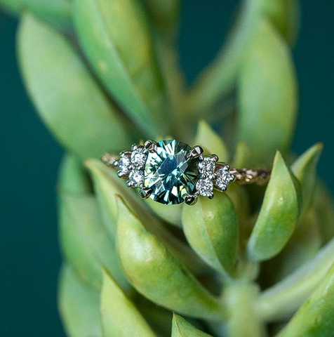 Green sapphire rings by Anueva Jewelry