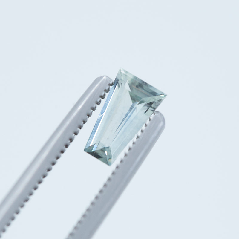 0.71CT GEOMETRIC MONTANA SAPPHIRE, LIGHT BLUE GREY, 7.55X4.60MM