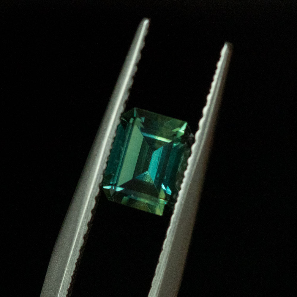 0.90CT EMERALD CUT MONTANA SAPPHIRE, TEAL GREEN, 6.16X4.88MM, UNTREATED