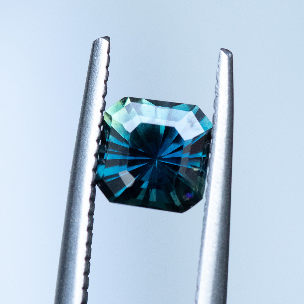 1.01CT SQUARE RADIANT MADAGASCAR SAPPHIRE, PARTI BLUE GREEN YELLOW, 5.60MM, UNTREATED