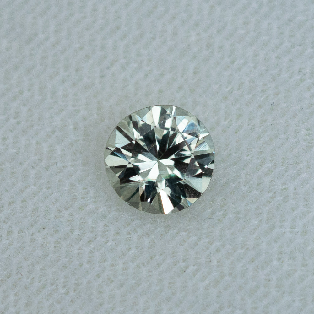 1.01CT ROUND MONTANA SAPPHIRE, SILVER WHITE, 6.0MM, UNTREATED
