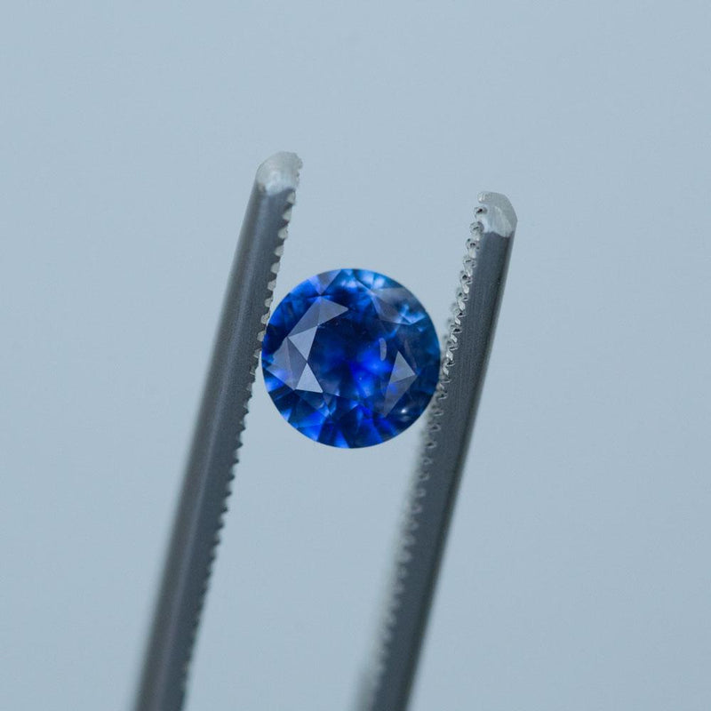 1.05CT ROUND SRI LANKAN SAPPHIRE, BRIGHT ROYAL BLUE, 6.53MM