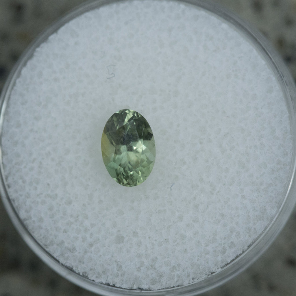 1.06CT OVAL MONTANA SAPPHIRE, MINTY GREEN, 7.15X5MM