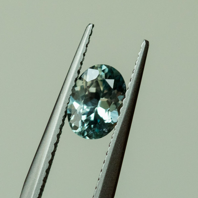 1.09CT OVAL MONTANA SAPPHIRE, LIGHT AQUA BLUE TEAL, 7.21X5.28MM, UNTREATED