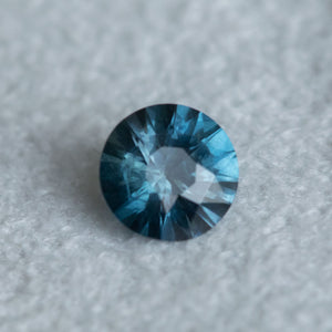 1.10CT ROUND MADAGASCAR SAPPHIRE, BLUE TEAL, 6.48X3.99MM