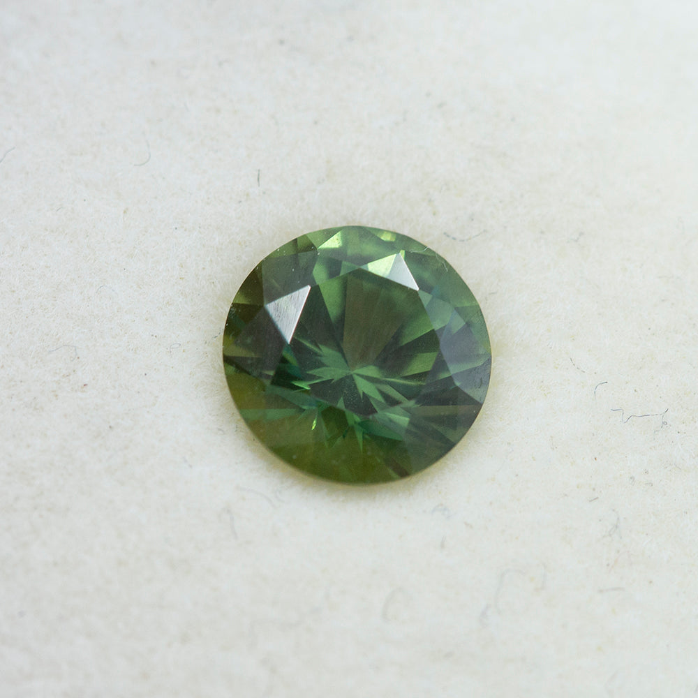1.23CT ROUND AUSTRALIAN SAPPHIRE, GREEN WITH BLUE, 6.5X4.17MM