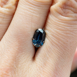 1.39CT DEEP BLUE TEAL ELONGATED CUSHION CUT MONTANA SAPPHIRE, 5.34X8.07MM