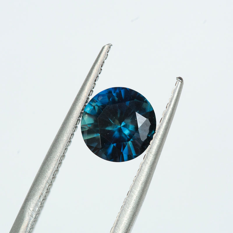 1.3CT ROUND AUSTRALIAN SAPPHIRE, BLUE AND TEAL, UNHEATED, 7MM